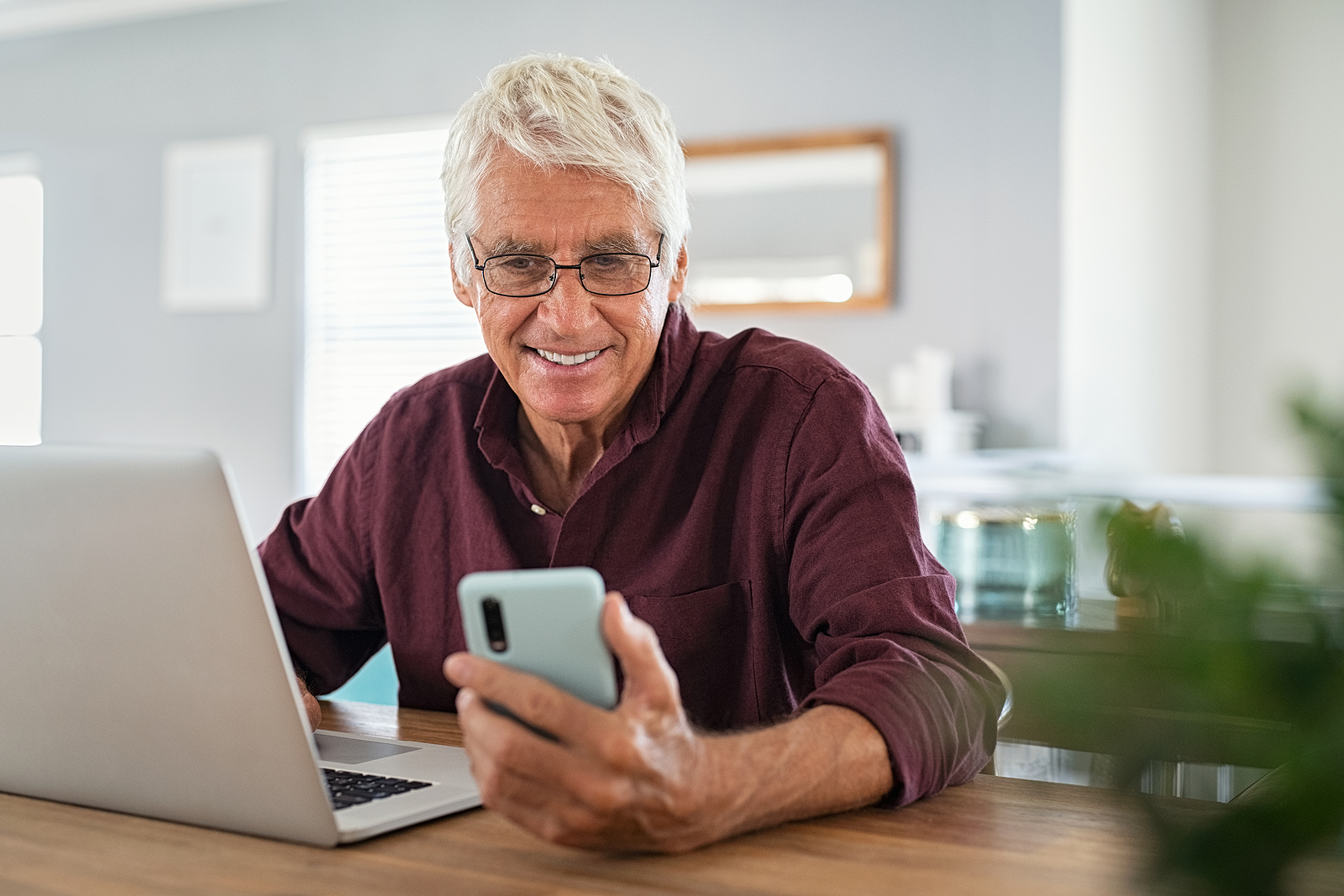 Easy-to-Use Apps for Seniors that Make Everyday Life Easier